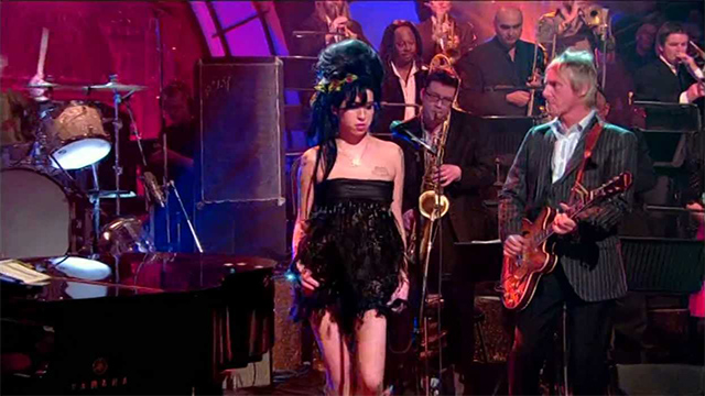 *Video:amy winehouse ft. paul weller & jools holland: i heard it through the grapevine
